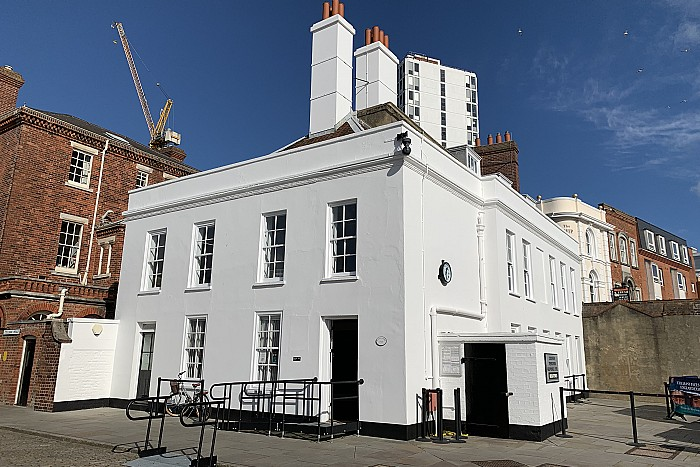 Manor Renewable Energy (MRE) has secured new office space at Portsmouth Historic Dockyard